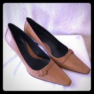 Cole Haas City Kitten Heels Size 8.5 AA, used for sale